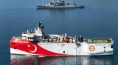 ΥΠΕΞ: Η Ελλάδα δεν εκβιάζεται - Η Τουρκία συνεχίζει πιστά τον ρόλο του ταραξία